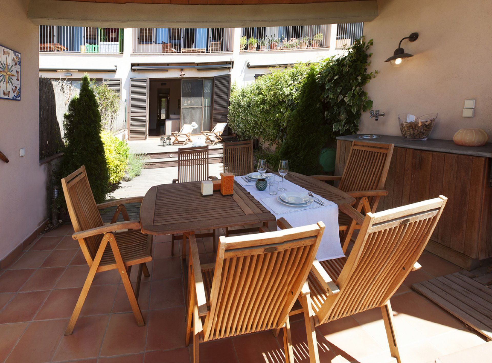 Modern 4 Bedroom Holiday Villa to Rent with Pool in Parlava, Costa Brava